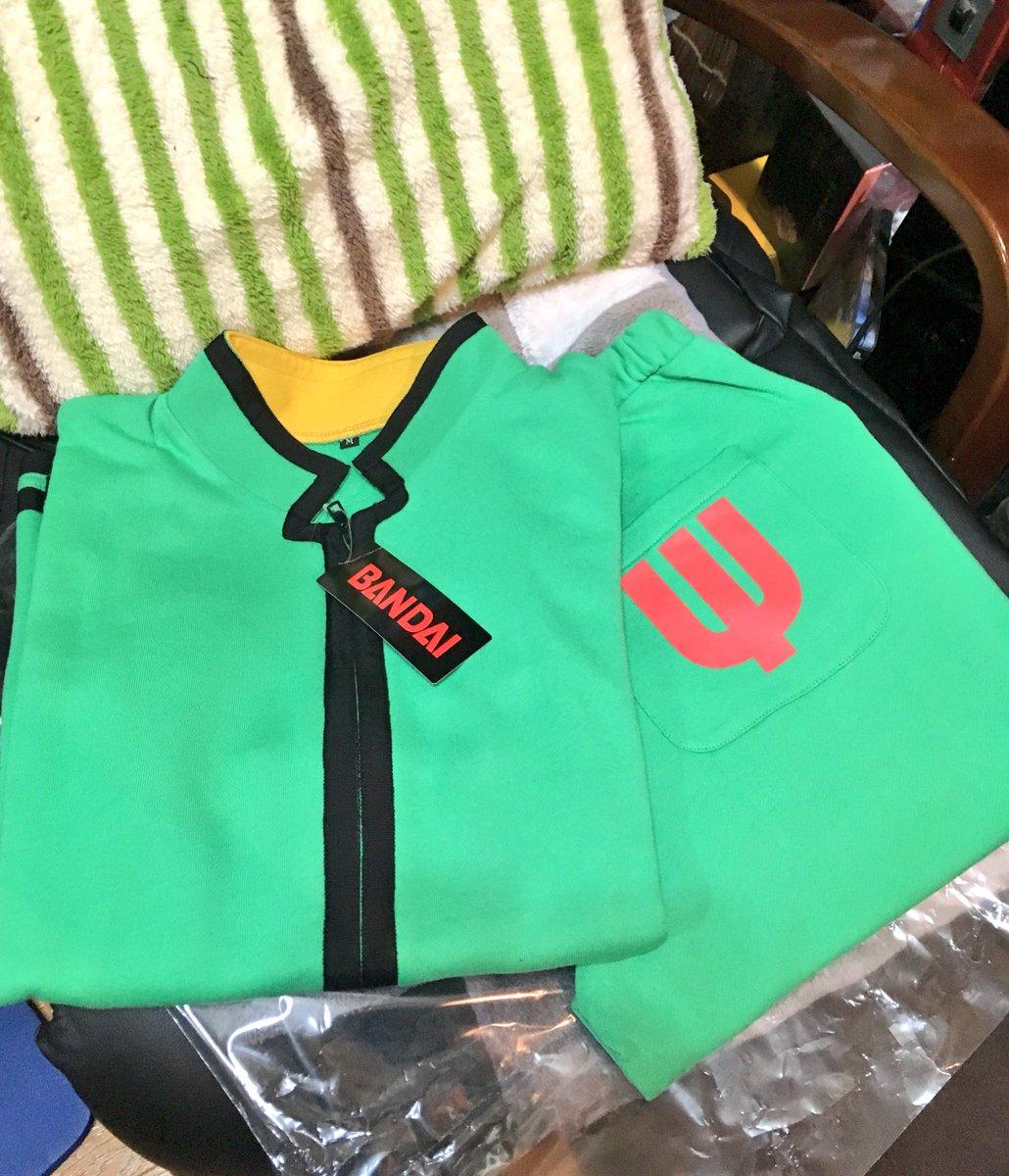 プレミアムバンダイからPK学園制服風ジャージが届いたぞ。これで超能力が使えるように...なる訳ないが自宅での楠雄ごっこは