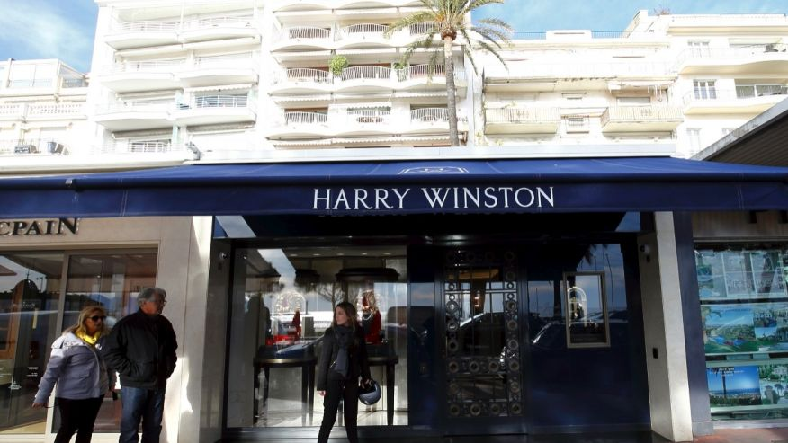Robbers steal $16 million of jewels from Harry Winston store in Cannes