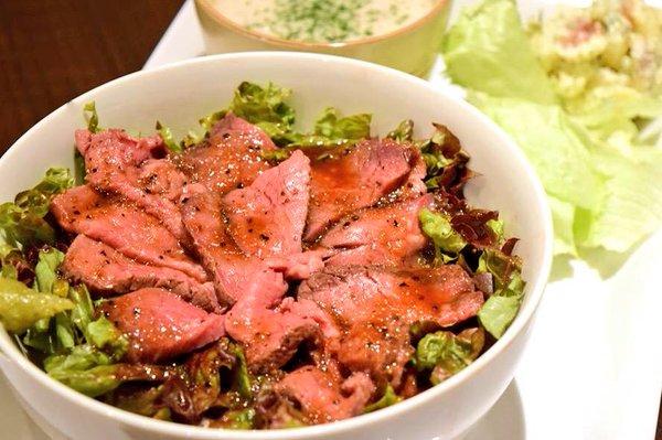 毎週木曜日はご飯の大盛りサービスday普段+¥100のご飯大盛りが無料に!ローストビーフ丼、麻婆豆腐丼等お好きなメニュー
