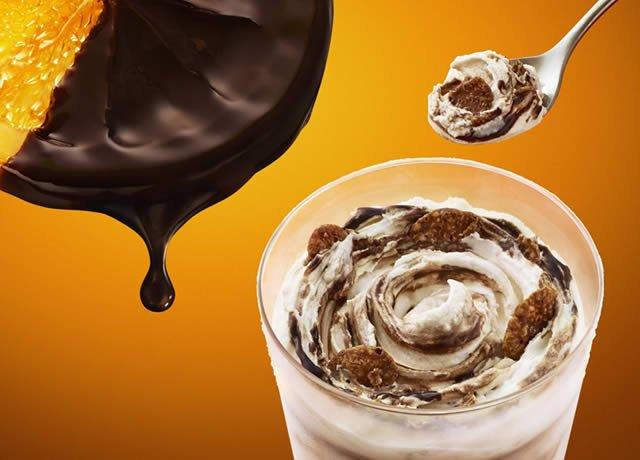 1/25(水)マクドナルドに「マックフルーリー オレンジショコラ」登場。爽やかな香り広がるオレンジチョコソースとサクサク
