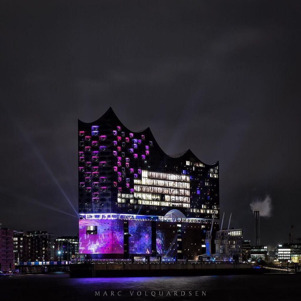 Elbphilharmonie in different colors (V) - Purple  #hamburg #elbphilharmonie #grandopening … https://t.co/f0jb65LdUw https://t.co/tJQBluNLra