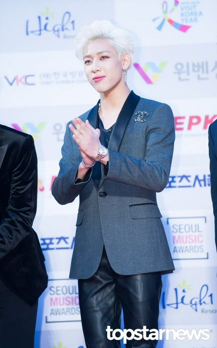 [HD포토] 갓세븐(GOT7) 뱀뱀, '고급진 외모의 배문배씨'  #서울가요대상 #갓세븐 #GOT7 #뱀뱀. https://t.co/q43Vmug3vg