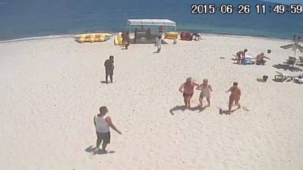 'Army of police would have scared Tunisia tourists'
