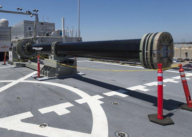 10年以内に実用化へ 新兵器「レールガン」の実力とは