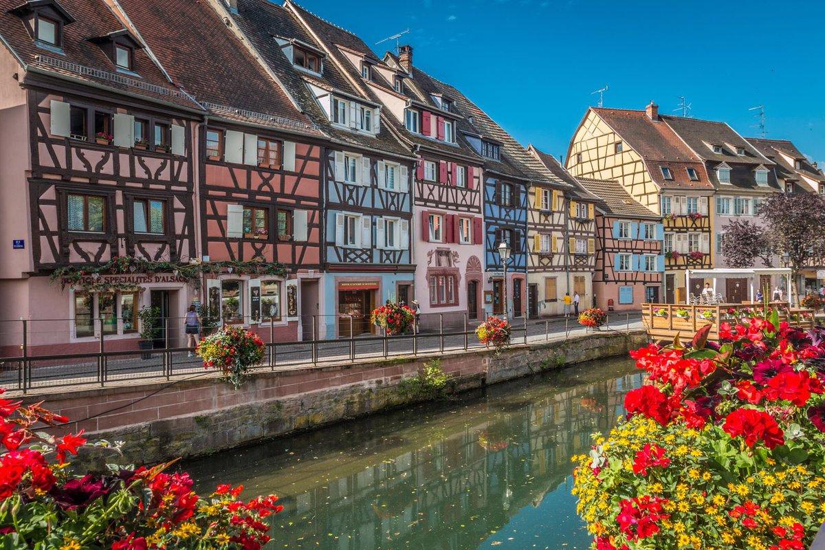 『ハウルの動く城』の舞台!フランスの「コルマール」はメルヘンで素敵な街