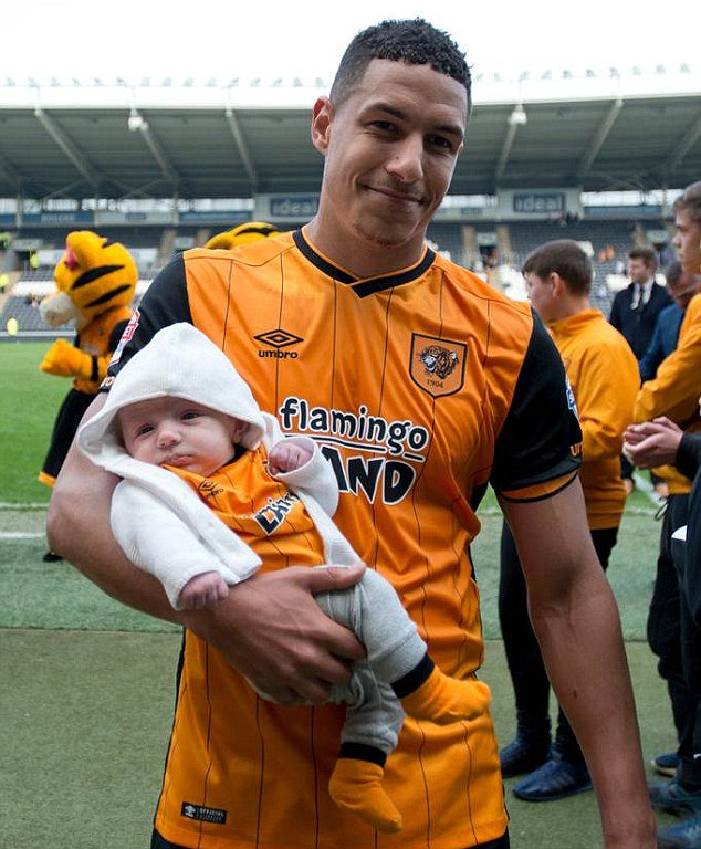 My abiding memories of Jake Livermore. Been through thick and thin at #hcafc. @29_JL https://t.co/9U03Aum5rA