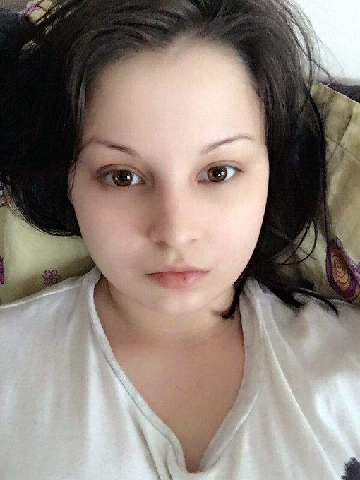 1 pic. Asian beauty apps are becoming ridiculous 😂😂😂 https://t.co/qiFKbVKvaw