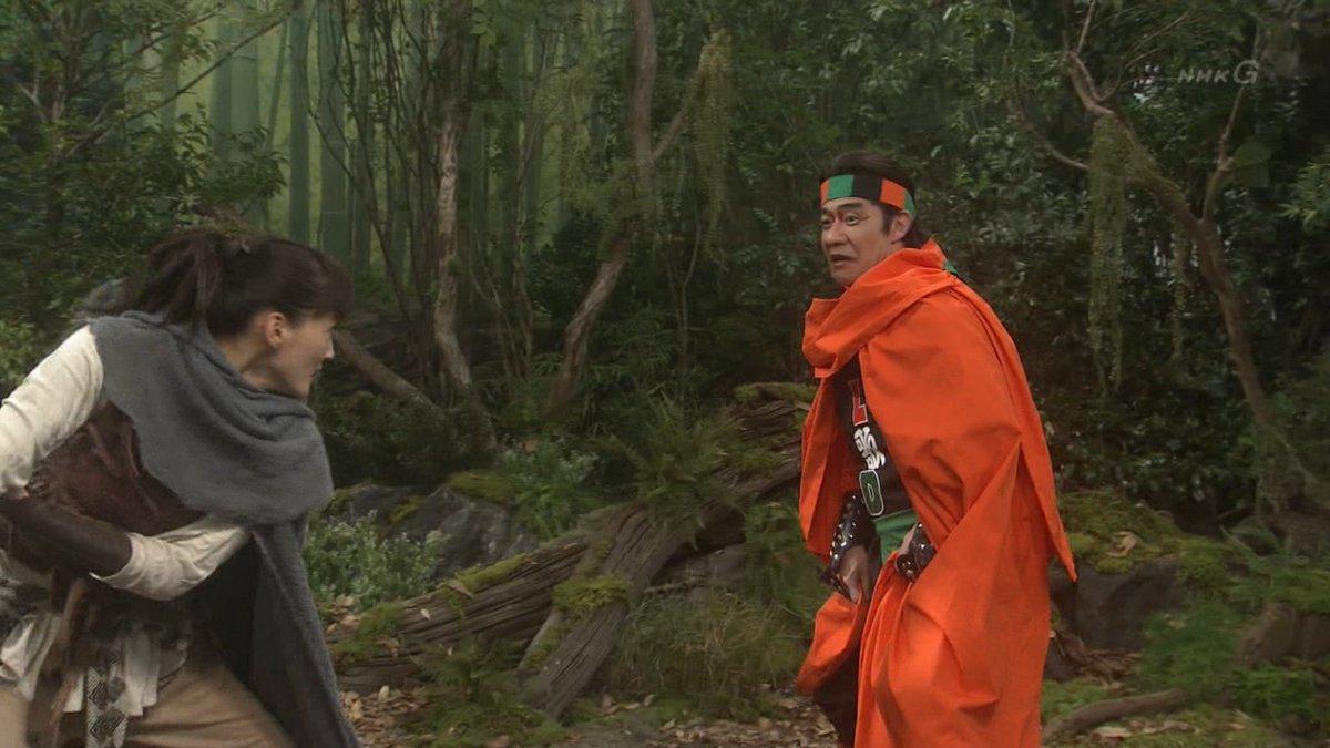 内村さんとバルサの殺陣になると、せっかくの大河ファンタジー「#精霊の守り人」が 勇者ヨシヒコ並みにチープになっちゃうから