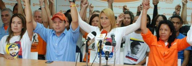 RT @VoluntadPopular: Dirigentes de @RedesVP exigen fe de vida del diputado @gilbercaro https://t.co/eqUYwdjMz6 https://t.co/cJi27SOBbs