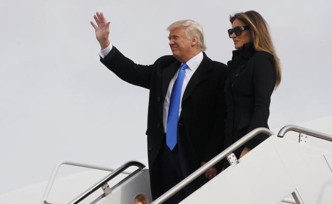 Trump llega a Washington para iniciar actos de su investidura