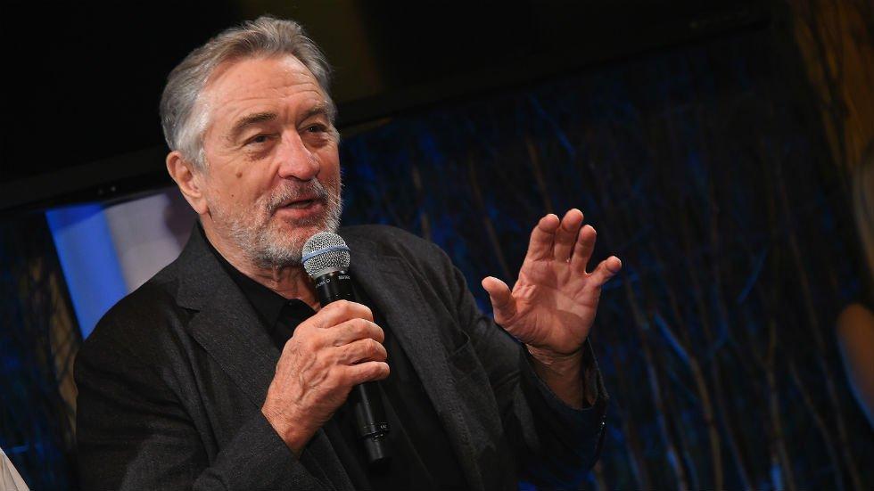 Robert De Niro mocks Trump for picking fights on Twitter