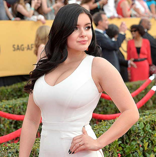 Ariel winter posed topless after proclaiming that breast