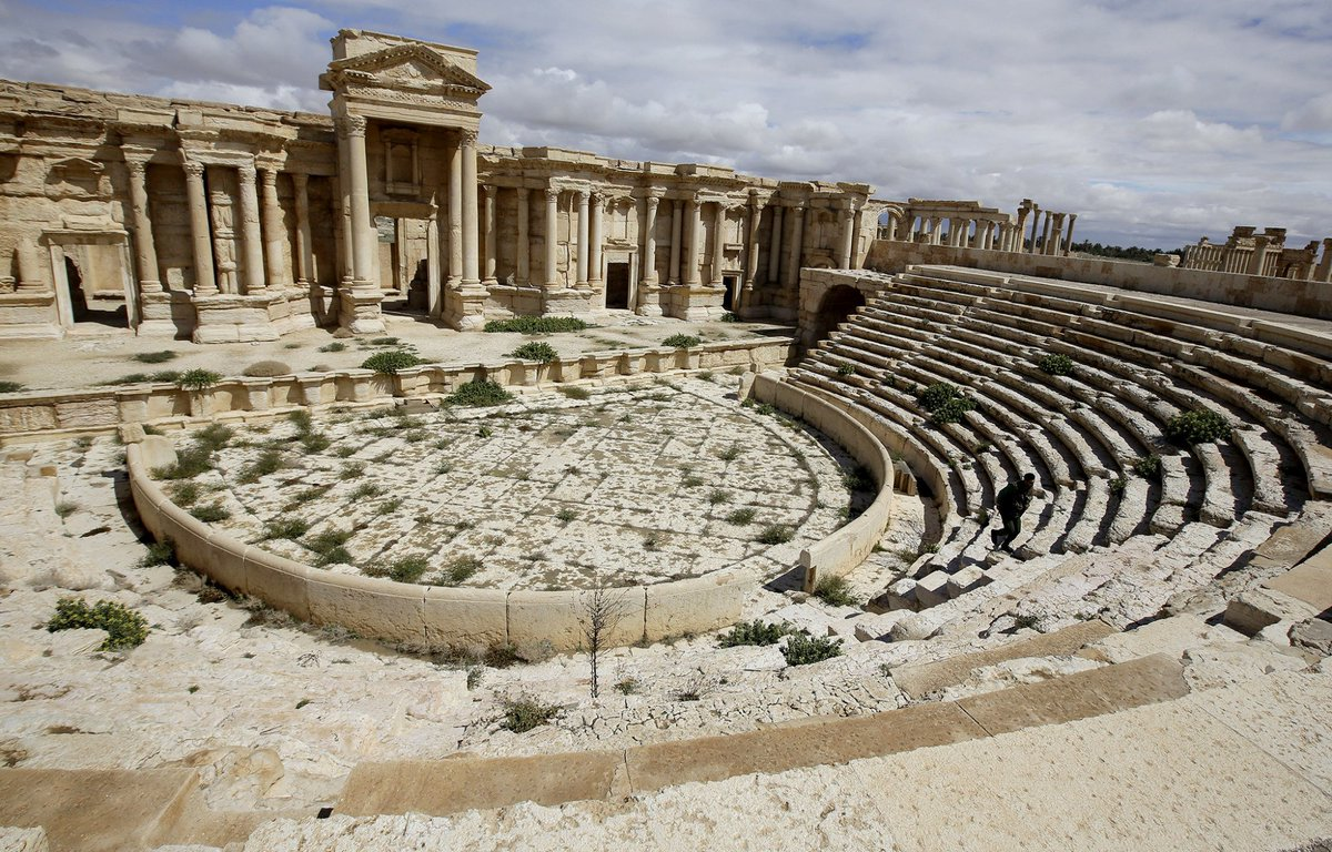Islamic State destroys part of a Roman amphitheater in Palmyra