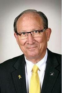 Local regent questions lawmaker's UNI athletics funding bill