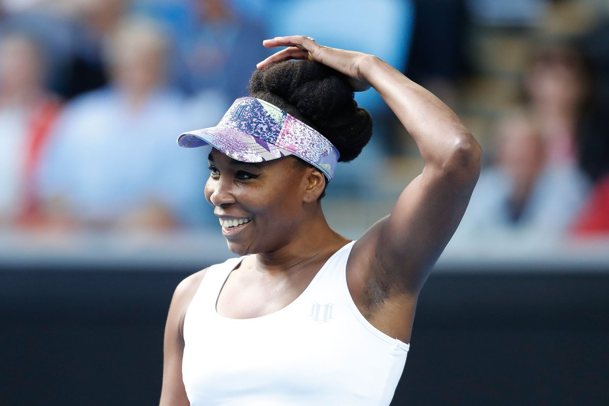 All smiles...#Venus is off to a flying start on MCA, sailing through the 1st set 6-1 v China's Duan.#AusOpen