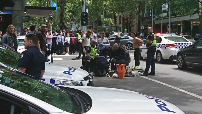 3 dead, at least 20 injured after car plows into crowd in Melbourne https://t.co/W50IckxqZN via @SChamberlainFOX