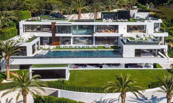 À venda, casa mais cara dos EUA inclui coleção de carrões https://t.co/0CLaadWJ69