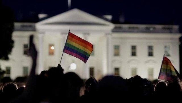 Página sobre direitos LGBT foi retirada do site da Casa Branca https://t.co/CNlD2SMMqk