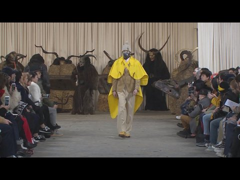 VIDEO -  Men's fashion: Winter 2017/2018 collections shake up gender barriers