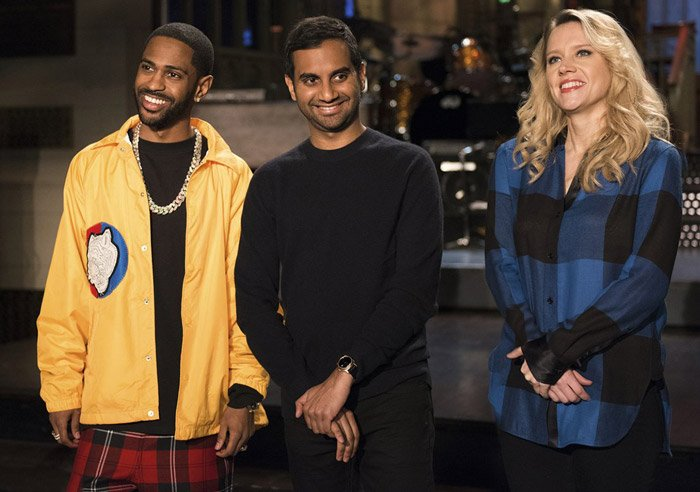 Watch @BigSean and @AzizAnsari team up in promos for tomorrow's #SNL https://t.co/5qGsEX4niV