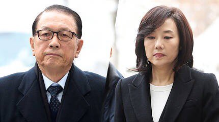 법원이 김기춘, 조윤선에 대한 구속영장을 발부. 이제 수의 입고 수갑 차고 포송줄에 묶여 조사 받으러 다닐 두 죄인의 모습을 보게 되겠네요.. 특검을 응원합니다.