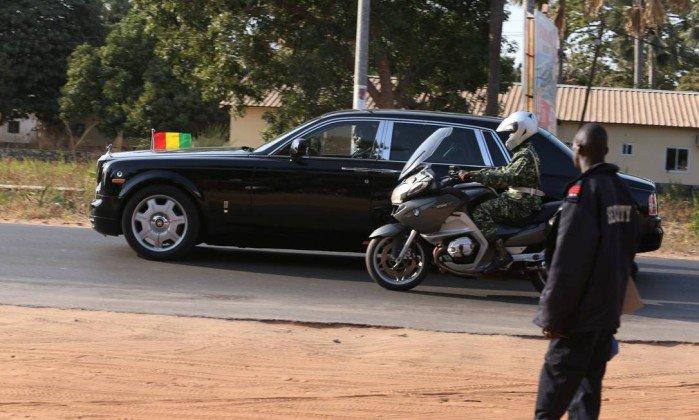 Presidente da Gâmbia, Yahya Jammeh, concorda em renunciar.  https://t.co/jlkhw9M0uF