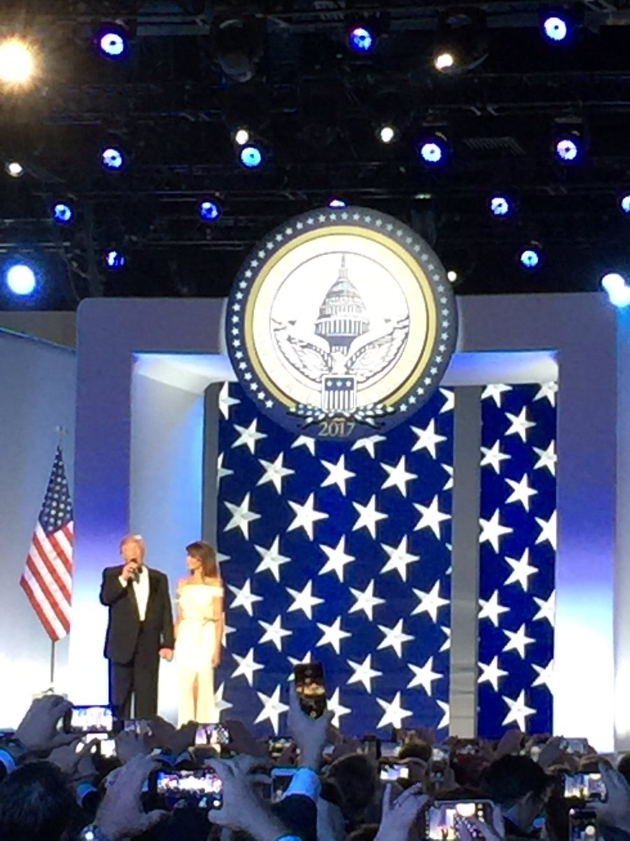 .@POTUS and @FLOTUS have arrived at the Freedom Ball! 🇺🇸 #TRUMP45