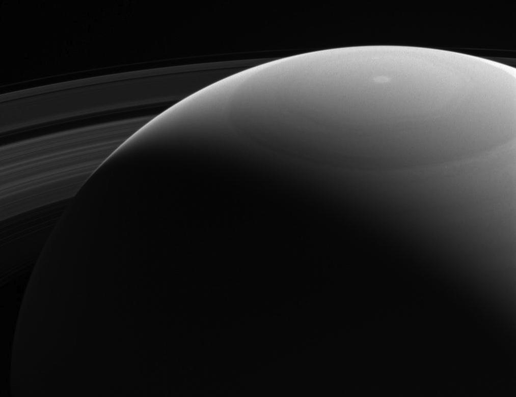 #SaturnSaturday ICYMI -- Peeking over Saturn's Shoulder. Details: https://t.co/ecZtLkIi1X https://t.co/ObYvwyG6HX