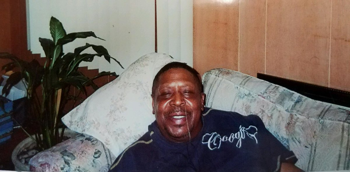 Please RT  MISSING: 64-year-old Detroit man with dementia and Parkinson's Disease https://t.co/peMlRZboIB https://t.co/jN1XfYCwmX