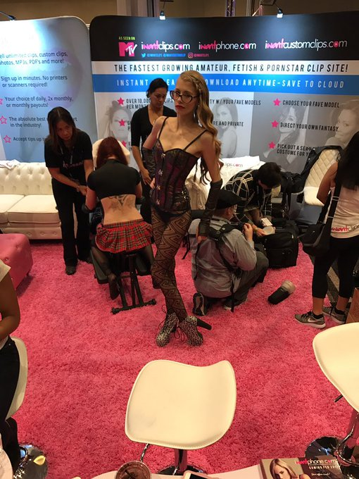 @GoddessKyaa is here at our booth! #AVN #iWantClips https://t.co/XBLxCR6imZ