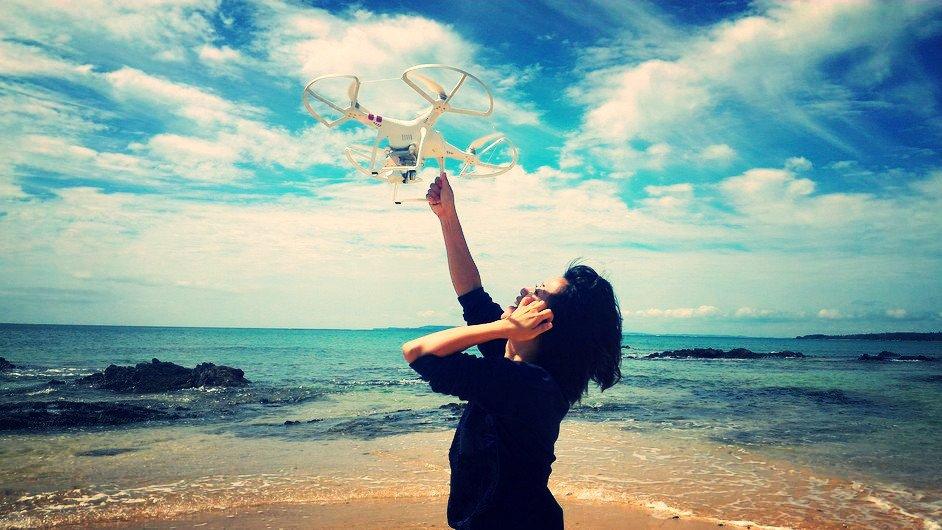 ハンドキャッチ!!Hand Catch!! #drone#dji#phantom#okinwa#nago#beach#t
