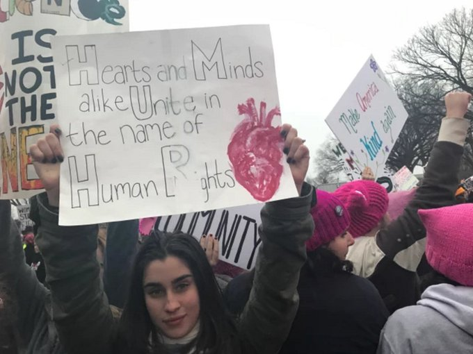 """.@LaurenJauregui speaks out on the Women's March - """"this is democracy"""" https://t.co/Ph6FvVlnHY"""