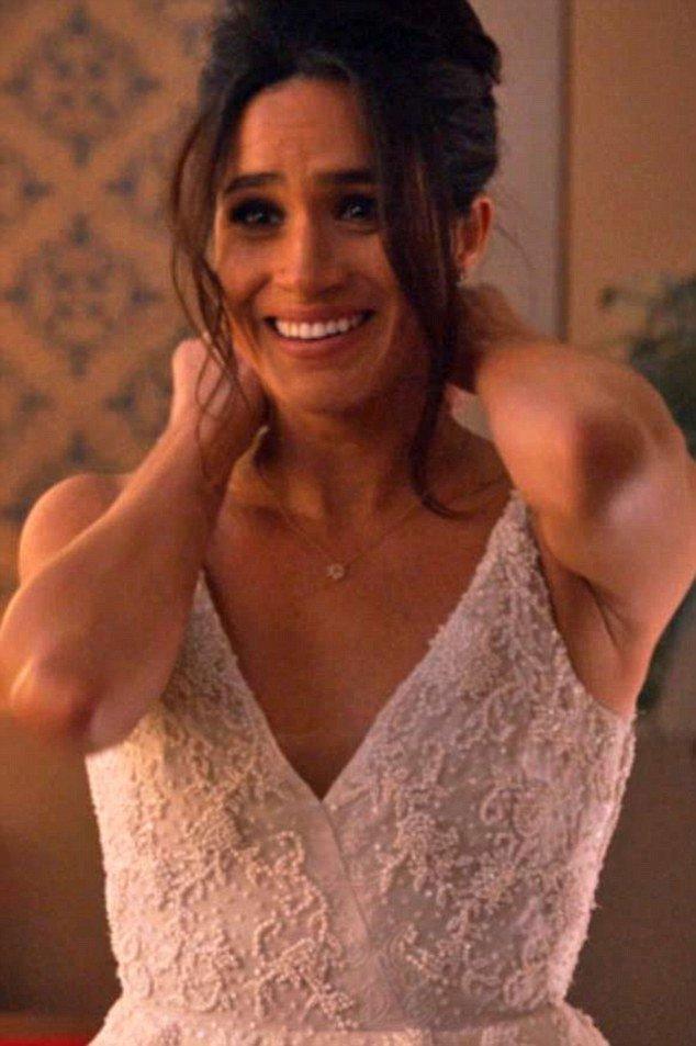 Suits trailer features glimpse of Harry's girlfriend Meghan Markle in a wedding dress https://t.co/U7TgtalO0V