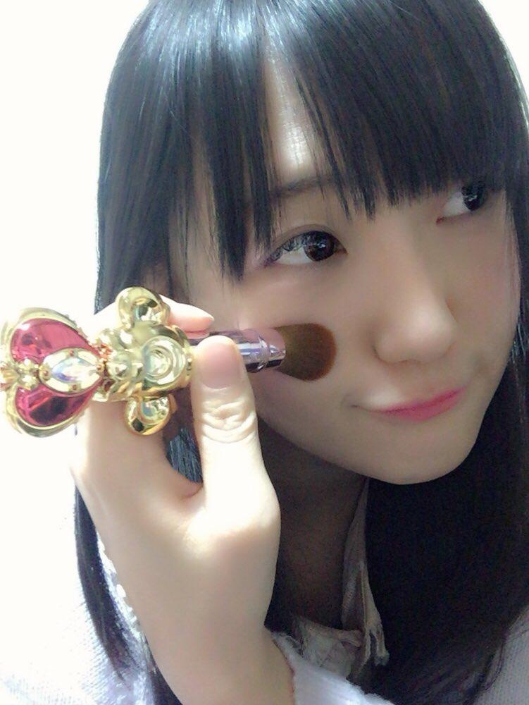 正解はセーラームーンのチークブラシ♡♡♡普段使いするかどうかは置いておいて(笑)、女の子の玩具×コスメってどうしてこん