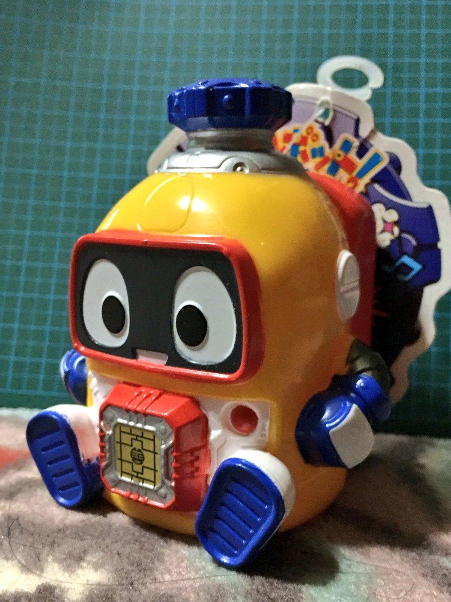 今日のアニメでも大活躍だったソフビヘボット!とっても可愛い!お前はリーズナブルなソフビだが、僕にとっては唯一無二のデラッ