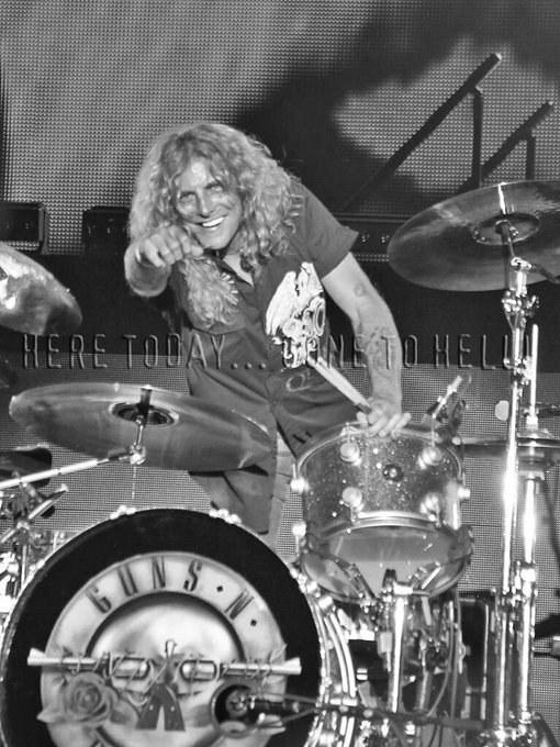 "\""On the drums, ladies and gentlemen Mr. Steven Adler\"" Happy Birthday Steven! Pic by"