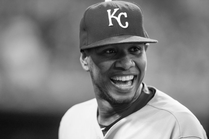 Heartbreaking news. #Royals pitcher Yordano Ventura has died in a car accident in the Dominican.  Our thoughts are with his family & friends