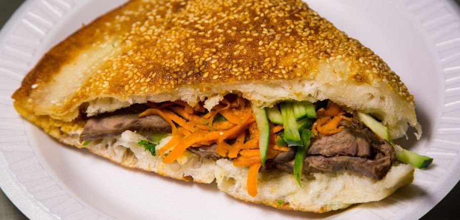 And now, here is the best sandwich at every price point in NYC. Feast like a pro: https://t.co/jve79uSLGn