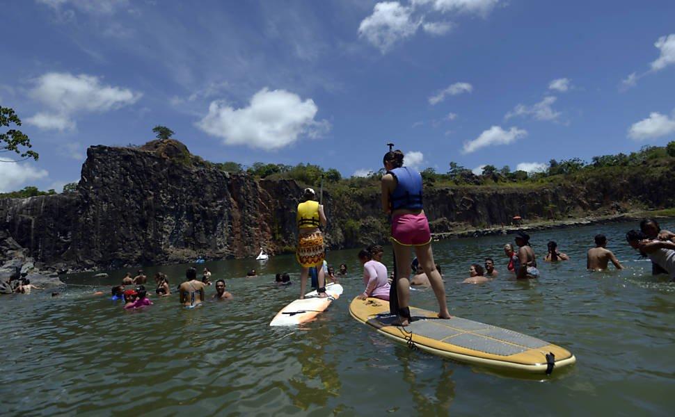Acidente em pedreira dá origem a lagoa de águas mornas que é a novidade do verão em Pernambuco https://t.co/A9556tAKW6
