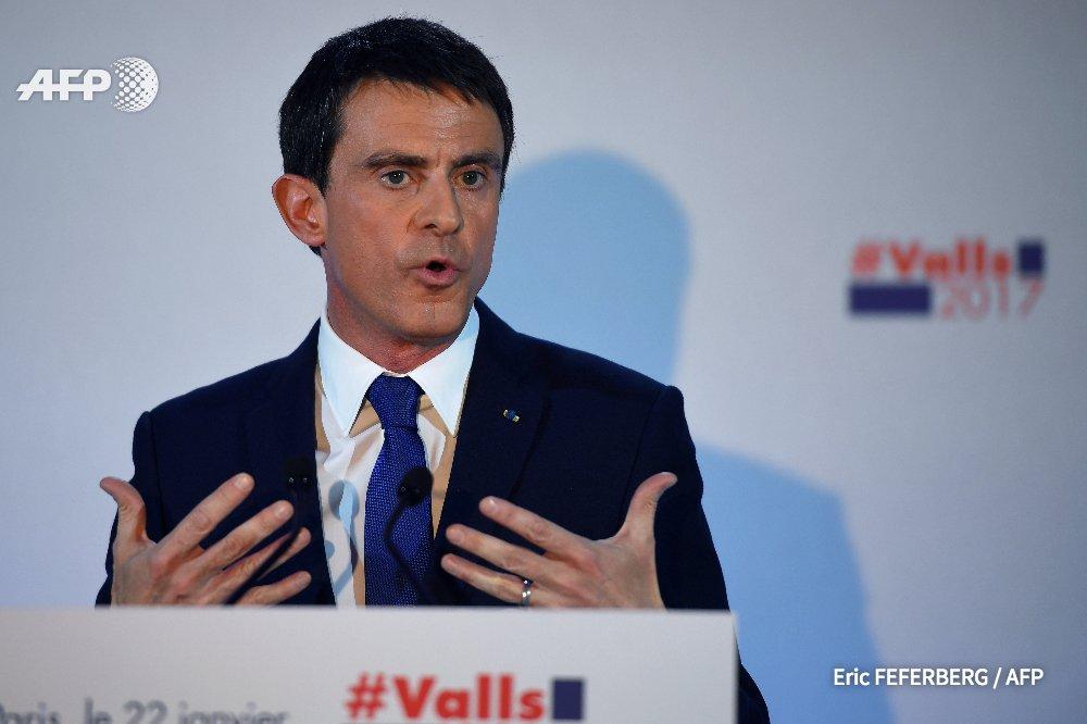 Valls appelle à choisir entre 'la défaite assurée et la victoire possible' https://t.co/jdalvIOn1t #AFP