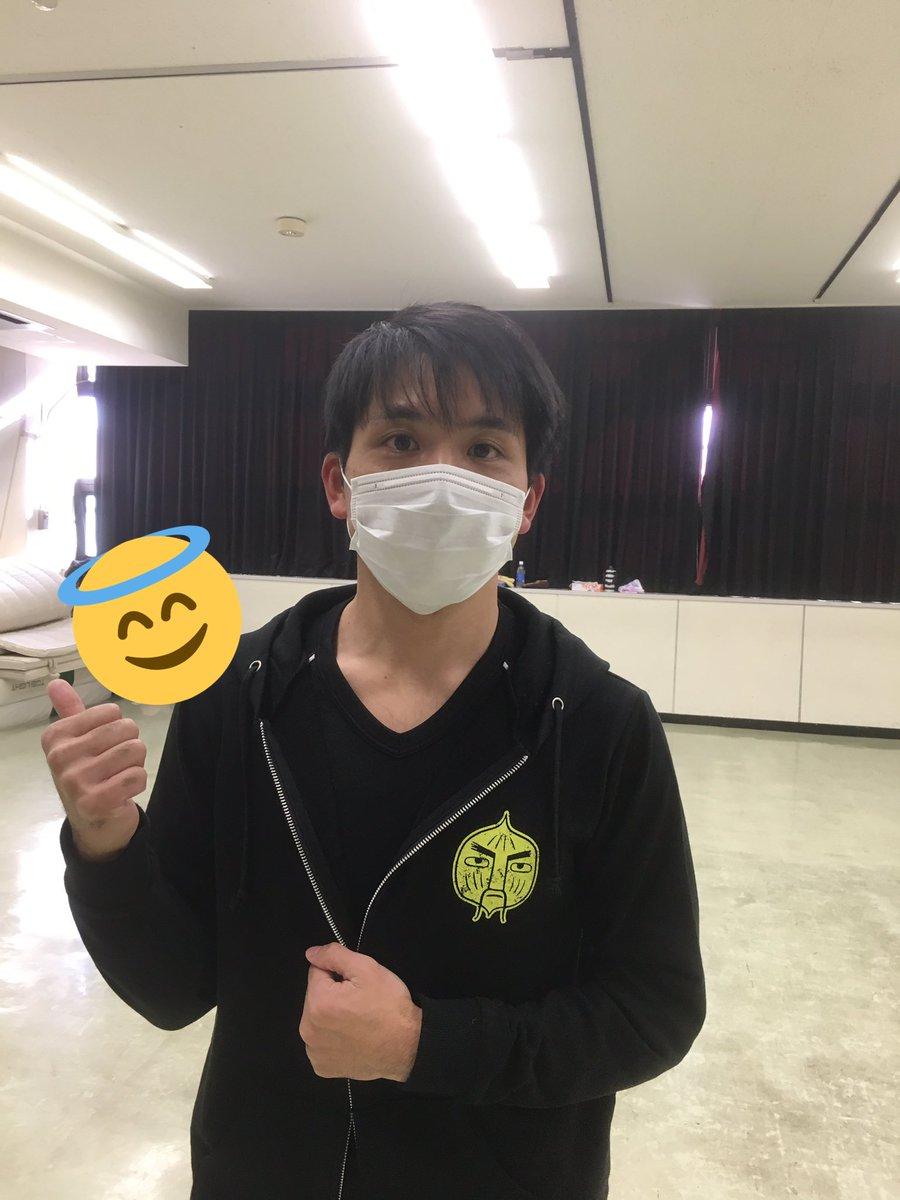 タマネギ先生役の上田燿司さんと同じ、タマネギ先生のパーカー!!着心地もサイコーですぞ!!!(`・ω・´)他にも様々なグッ