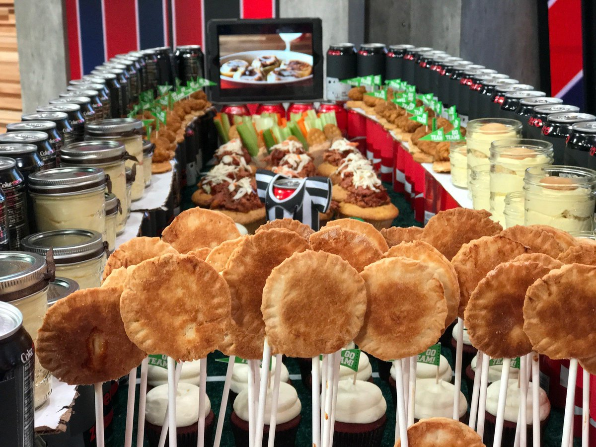 How to make a Super Bowl snack stadium for Sunday's big game: