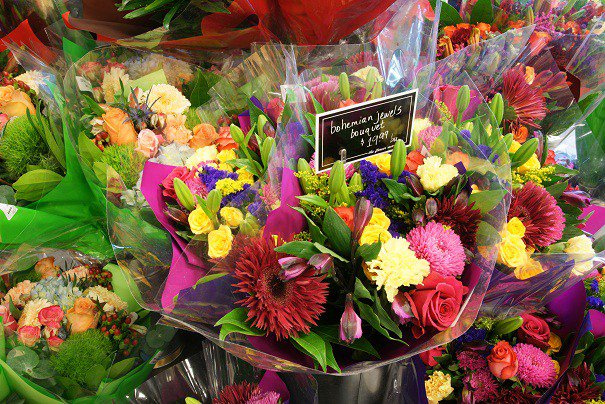 What Are The Best Alternative Flowers To Roses On Valentine's Day https://t.co/dynQ3I3xUF