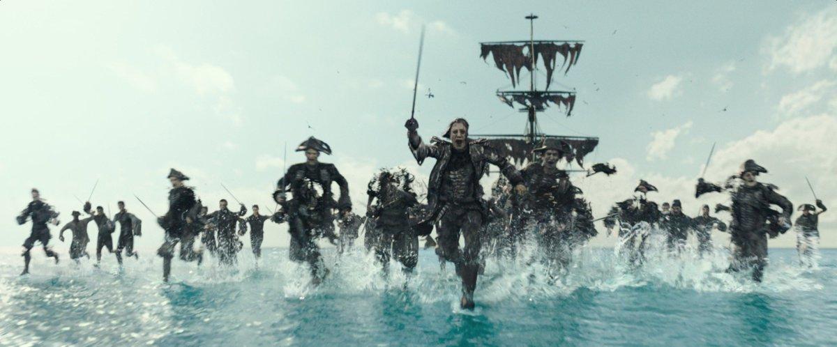 Пираты Карибского моря : На странных берегах смотреть