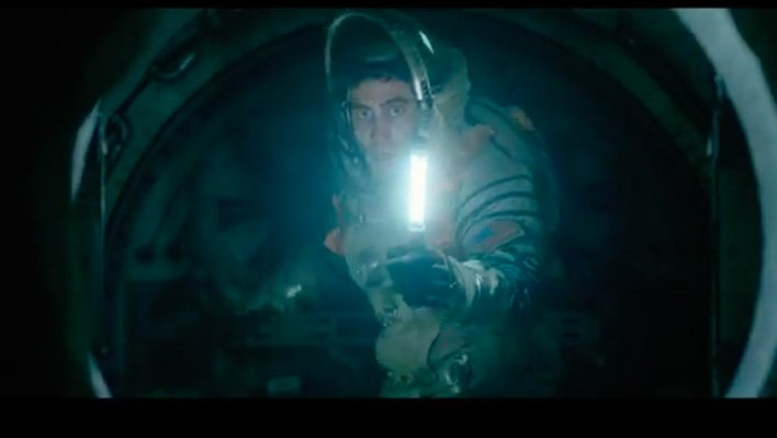Watch Jake Gyllenhaal and Ryan Reynolds encounter alien life form in new teaser for