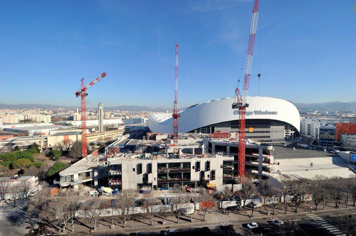 Photo le soleil brille sur le chantier du centre - Centre commercial les portes du soleil juvignac ...