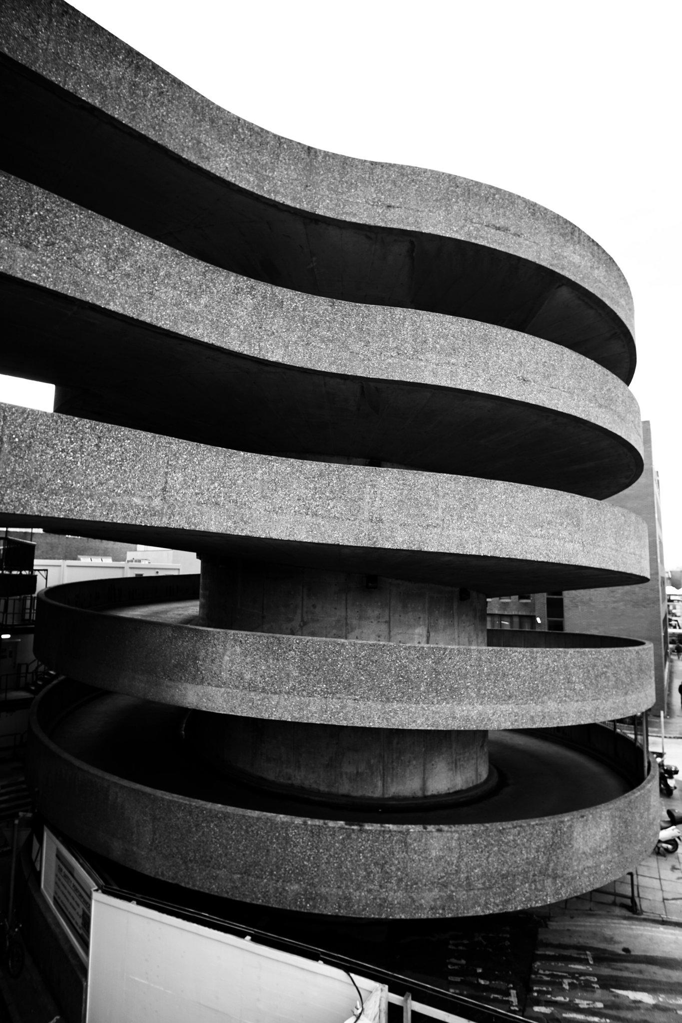 a #brutalist helter-skelter. palace #carpark, #watford. a #concrete spiral. @BrutalHouse https://t.co/6VSDdl9Rqa