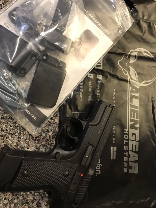 Yes! I received the @AlienGHolsters for the CZ RAMI today! #BrandiPics it's comfy & invisible at 4:00-ish