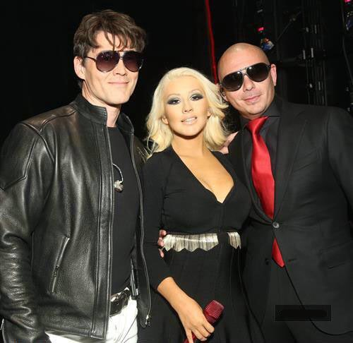 #TBT  @Xtina @mortenharket #ThrowbackThursday #Dale https://t.co/a8a15K3aTI