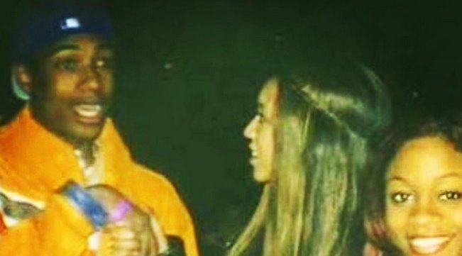 Nick Cannon's throwback photo with Beyoncé has him looking so crazy in awe.